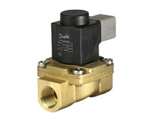 Клапан соленоидный  EV 225B, ДУ 20 мм, латунь, G 3/4, PTFE, нормально закрытый, c катушкой BQ, 110В, 60Гц Danfoss (032U380620)