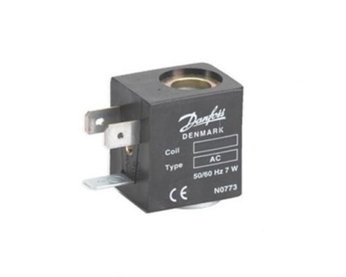 Катушка электромагнитная AC012D 12В 10 Вт пост.тока, присоединение гайкой Danfoss (042N0826)